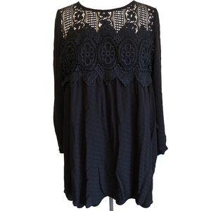 Black Flowy Open Arm Dress Size XL